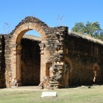 Ruínas da Igreja de Nossa Senhora do Rosário dos Pretos - Natividade/ TO
