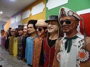 Embaixada dos Bonecos Gigantes